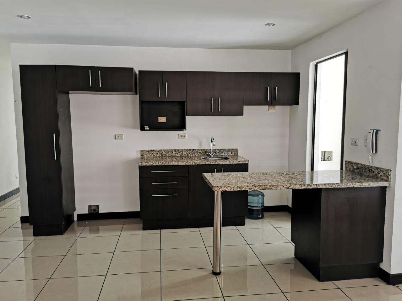 Se vende apartamento en Santa Ana centro 2 hab./ 2 baños