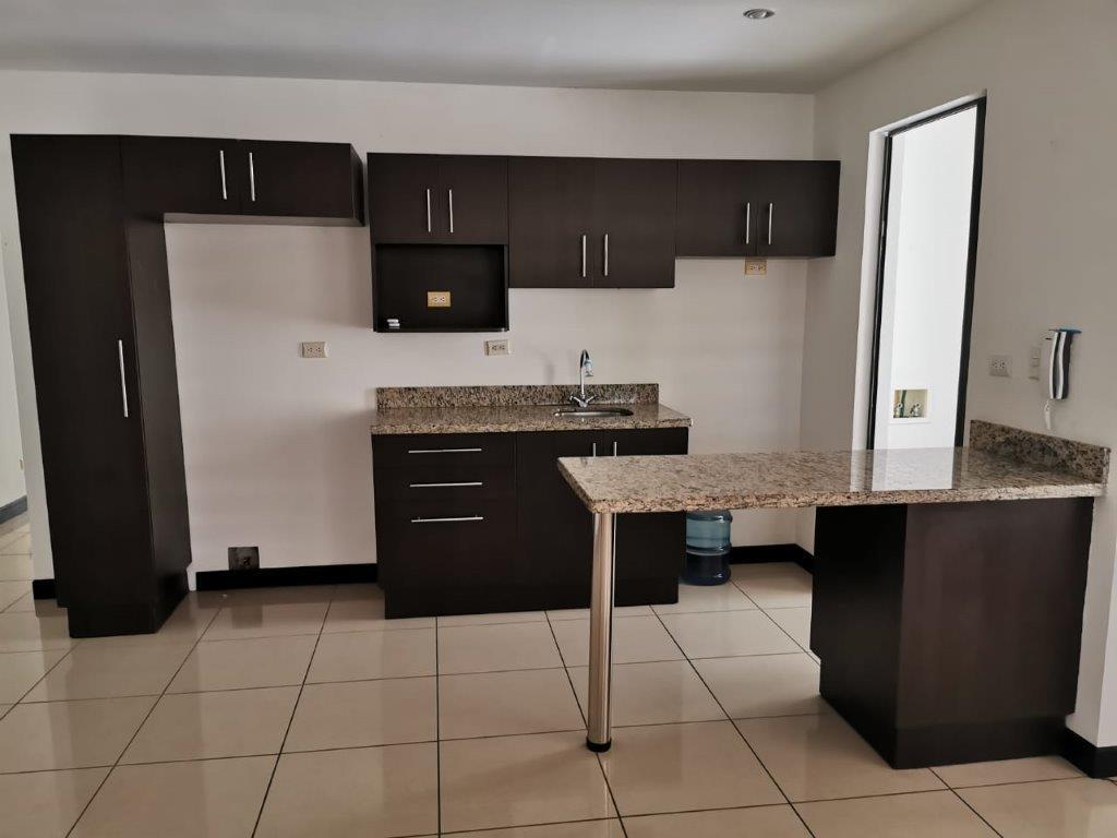 Alquiler apartamento en Santa Ana Centro