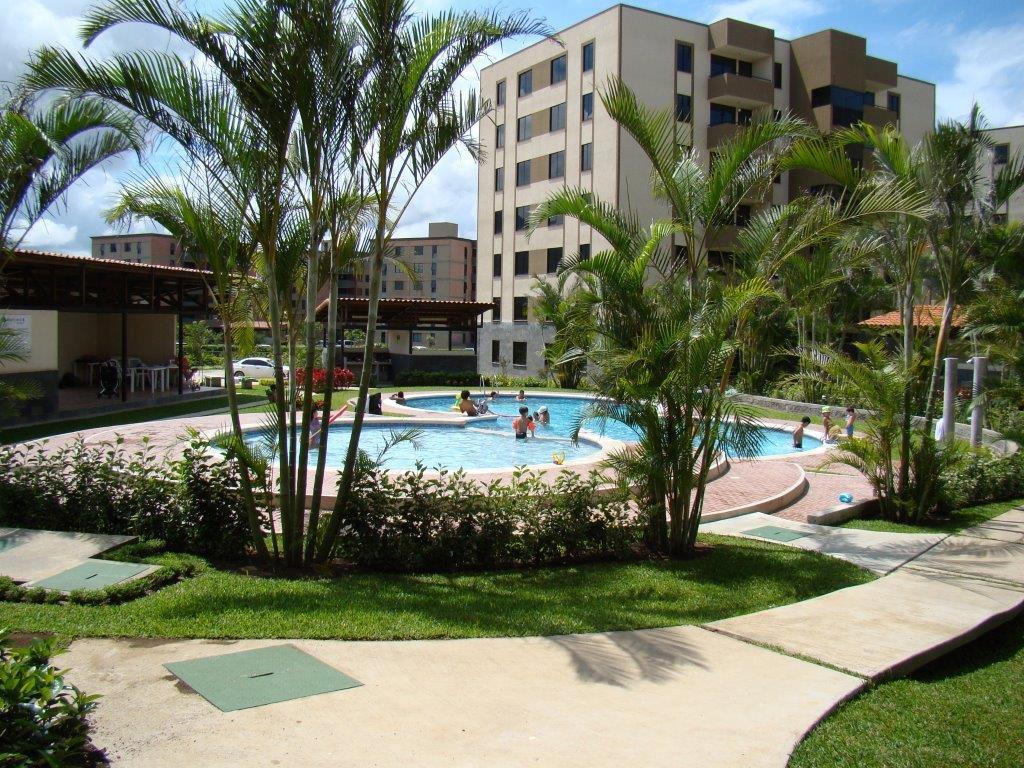Alquiler de apartamento en Condominio Bosque Real Concasa