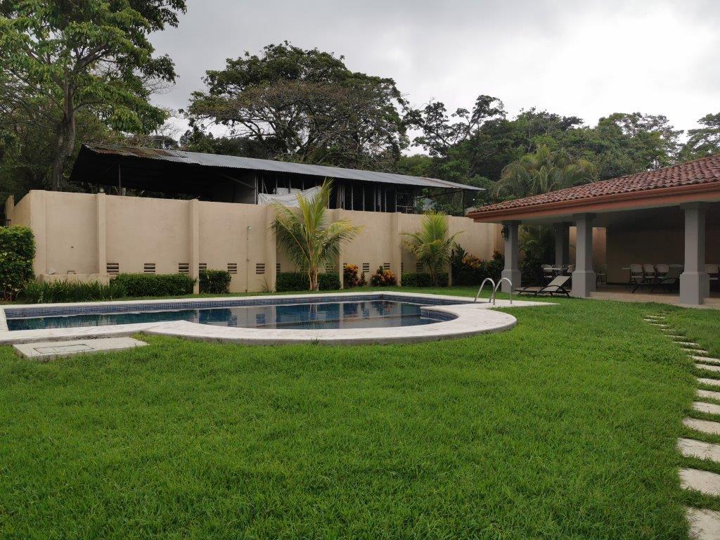 Alquiler de Casa en Condominio Escazú por Multiplaza