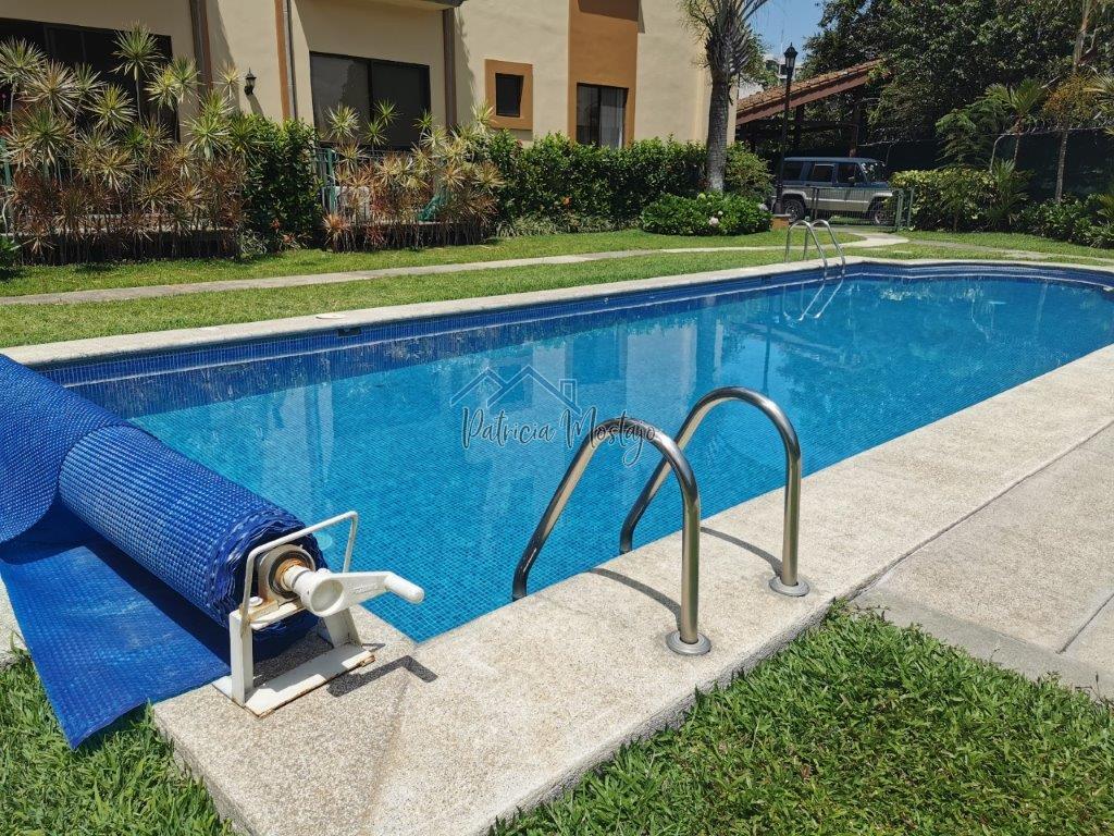 Alquiler de Apartamento en Condominio en San Rafael de Escazú
