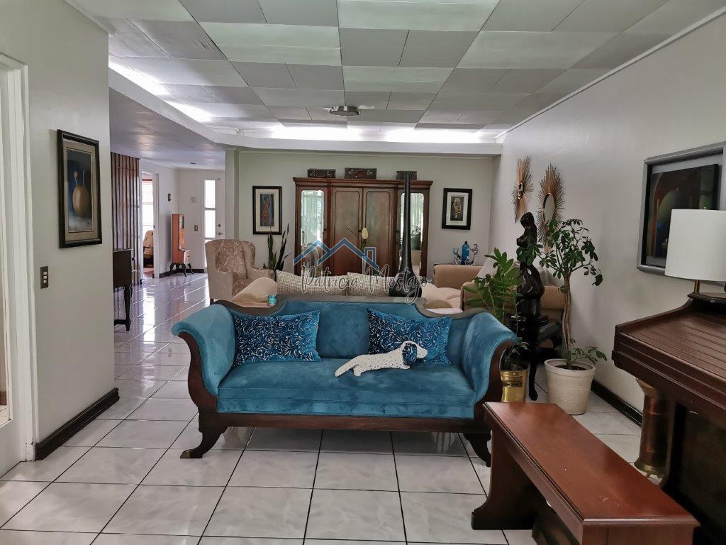 Casa en venta en San Pedro Los Yoses, excelente ubicación.