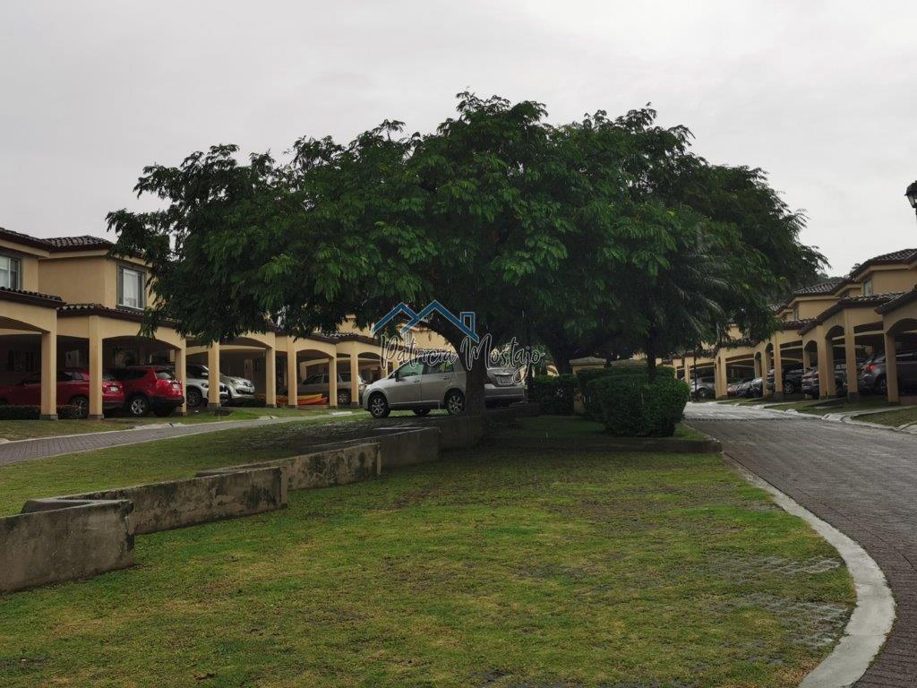 Alquiler o Venta de Casa en Condominio Guachipelín de Escazú