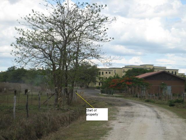0905 Salasa road at start of land
