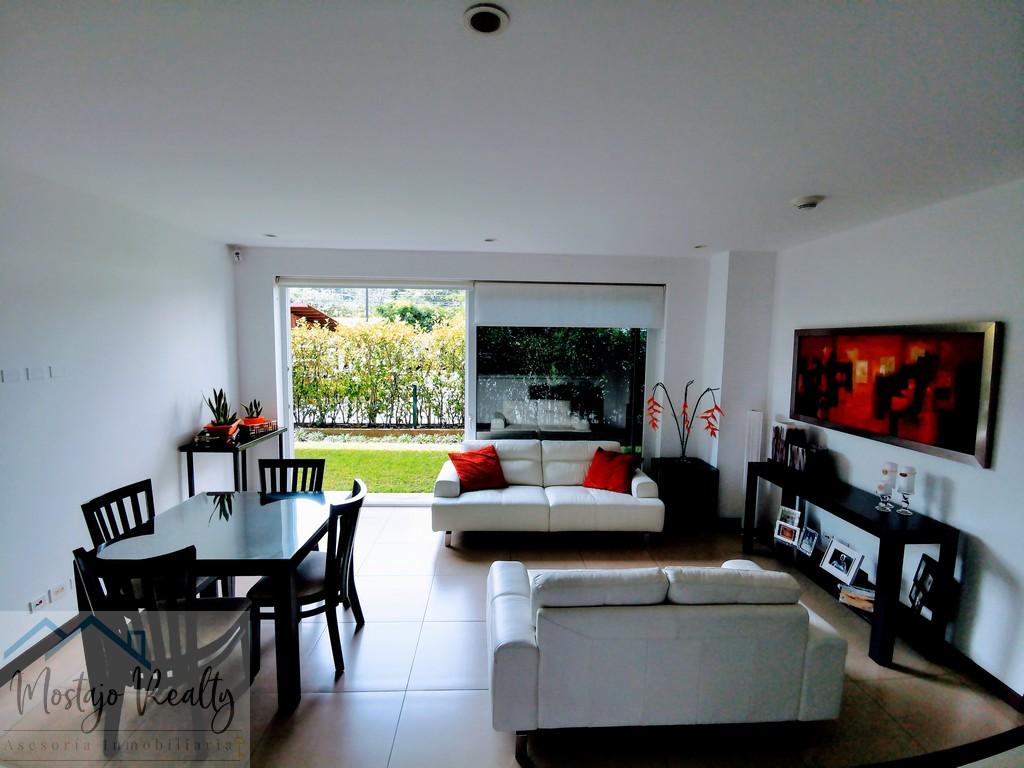 Alquiler Apartamento en Condominio Distrito Cuatro, Escazú