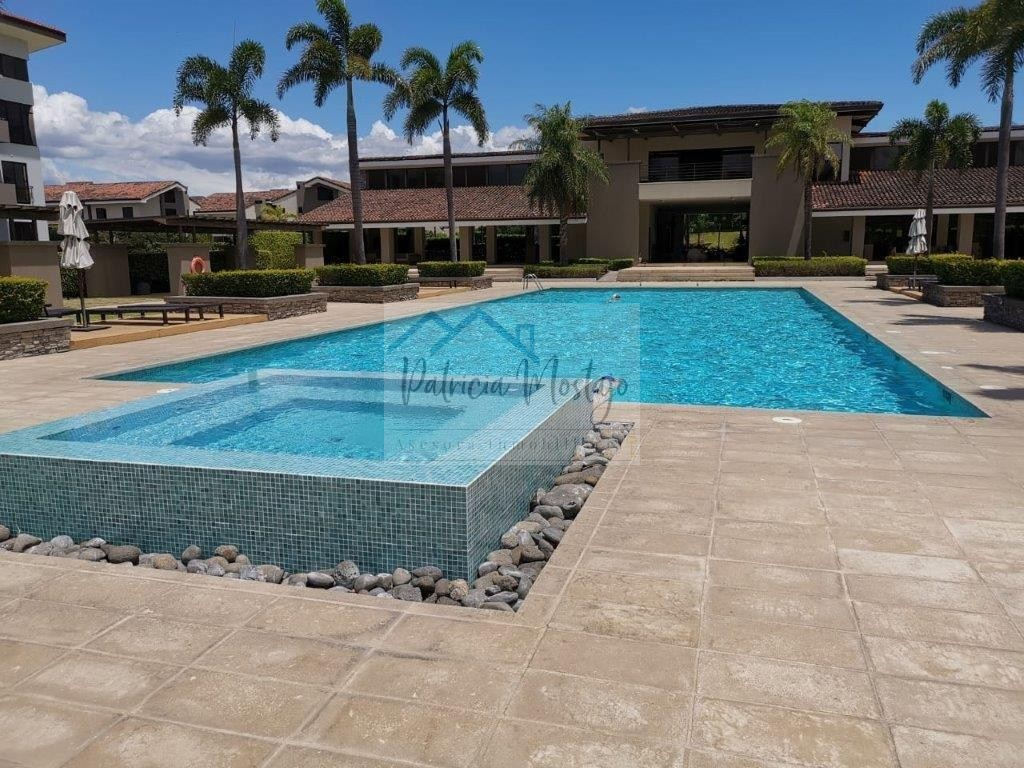 Alquiler apartamento Condominio Parques del Sol, Santa Ana