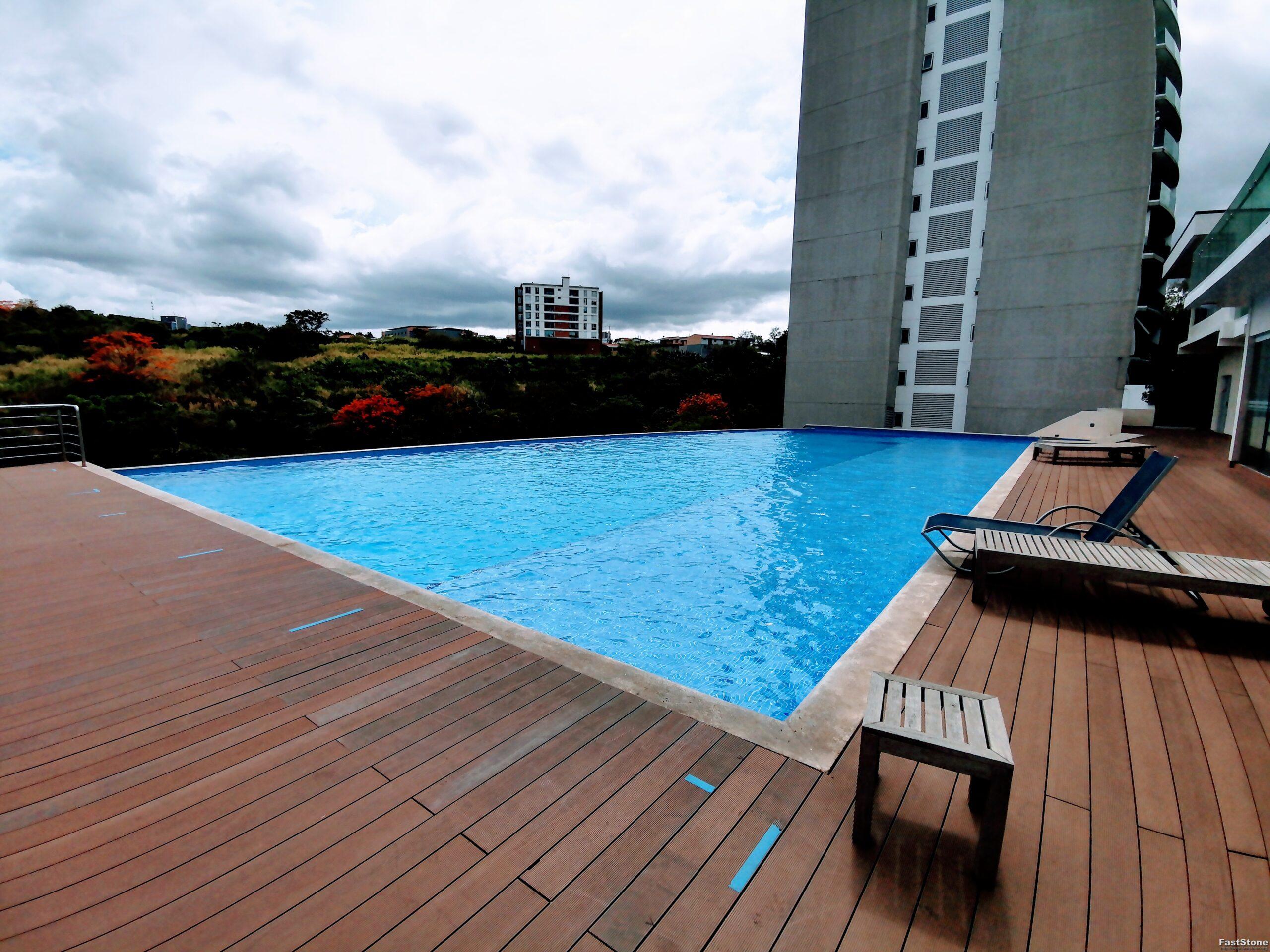 Venta de Apartamento en Torres Paradisus, Rohrmoser, San Jose, Costa Rica