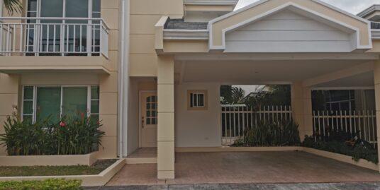 Alquiler Casa en Condominio San Rafael de Escazú por Multiplaza