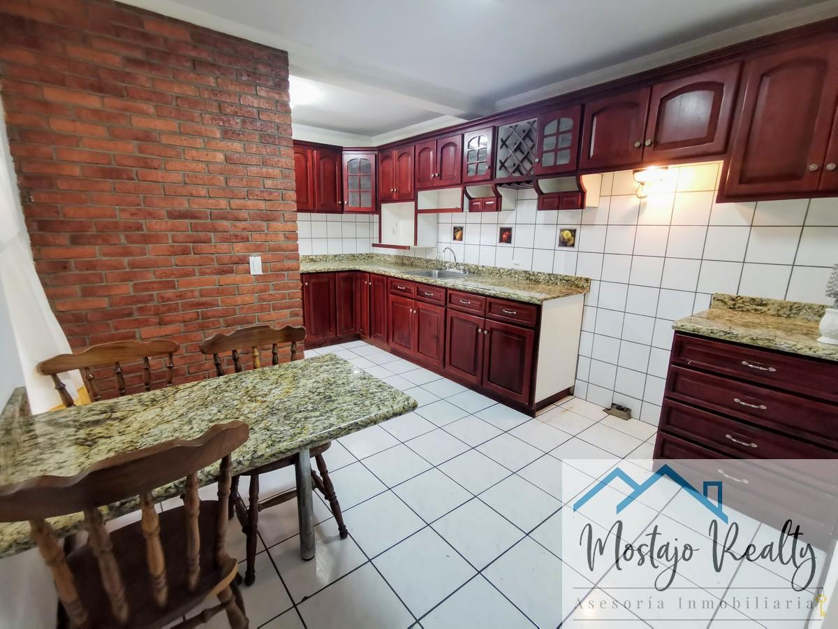 Alquiler apartamento en condominio, frente a la UCR, San Pedro
