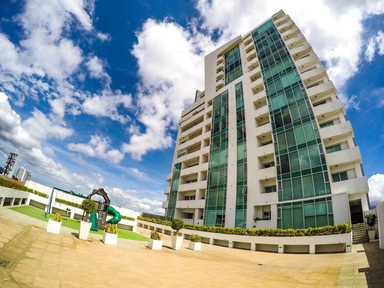 Alquiler Apartamento Torre Roble Sabana, full amenidades